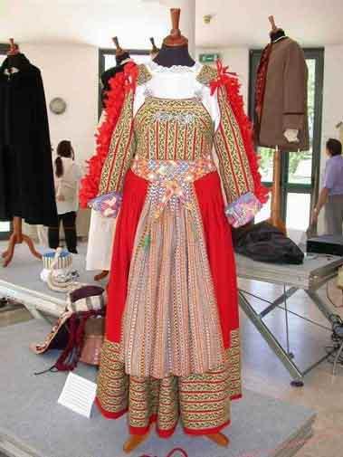 Guta abiti for Vestito tradizionale giapponese femminile